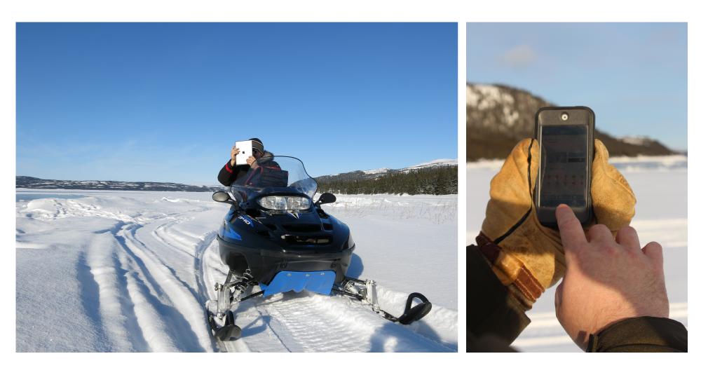 Deux photos de l'utilisation de l'application eNuk. À gauche, un motoneigiste utilise un iPad pour accéder à l'application dans l'Arctique canadien. À droite, un autre utilisateur se sert de son téléphone intelligent pour consulter l'application sur la glace de mer.